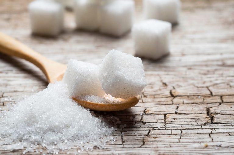 Superávit global de açúcar em 2018/19 cai quase pela metade em nova estimativa da INTL FCStone