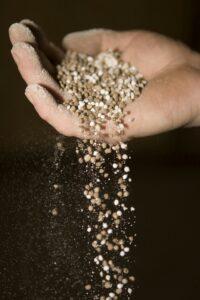 Fertilizantes se encontram comparativamente caros, mas tendência pode se manter no curto prazo