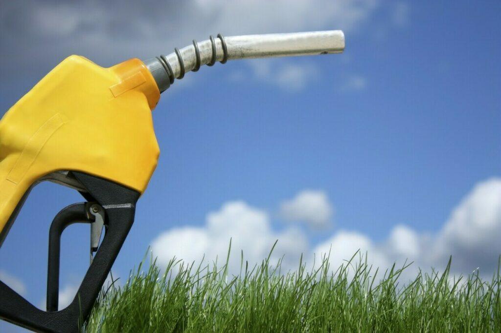 Mercado de petróleo e câmbio determinarão a demanda de etanol e gasolina no Brasil em 2019